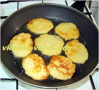 Рецепт блинчиков из кабачков с луком