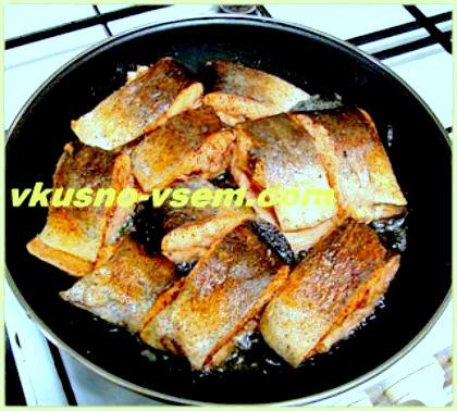 Жарим рыбу на сковороде