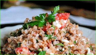 Как приготовить гречку с помидорами