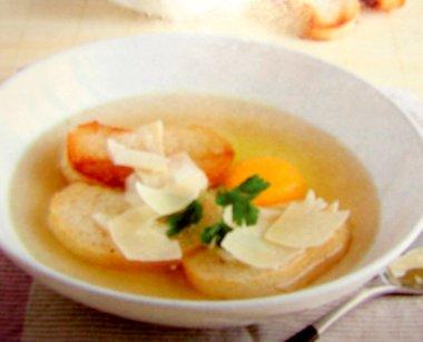 Суп с сыром и яйцом