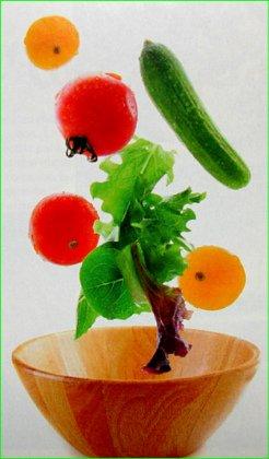 Как следует мыть фрукты и овощи