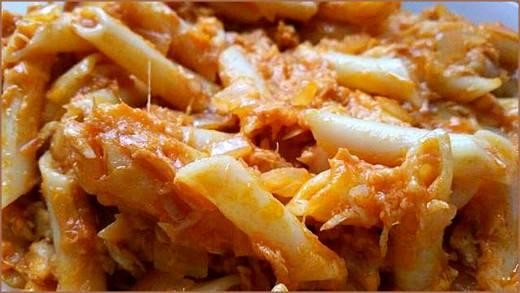 Макароны с тунцом и сыром