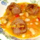 Суп с нутом и говяжьими фрикадельками