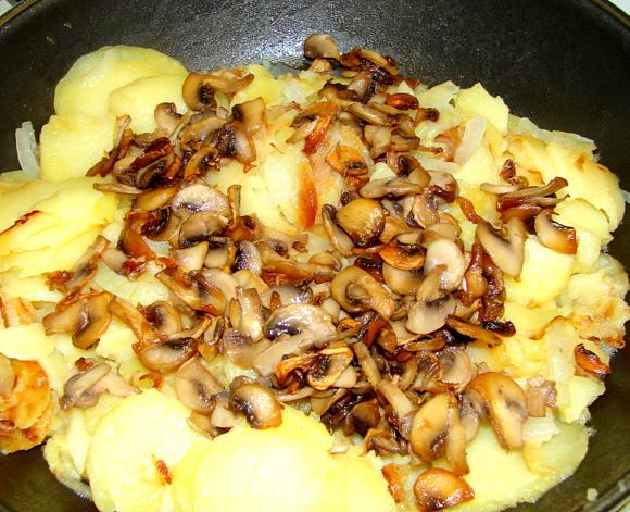 Картошка с шампиньонами
