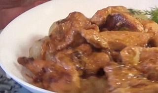 Куриные грудки в соусе