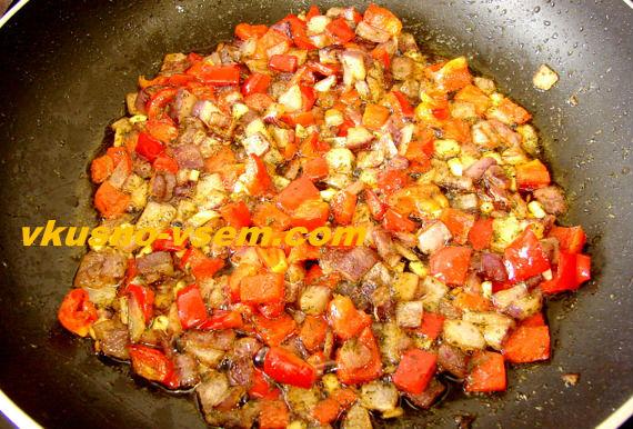 Соус томатный с луком и чесноком