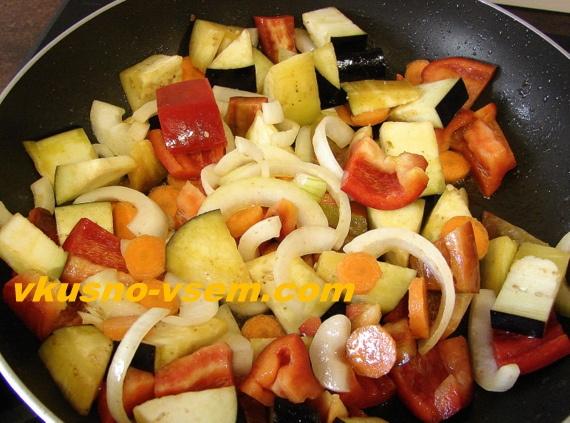 Фрикадельки с овощами