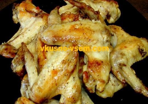 Куриные крылышки в майонезном соусе