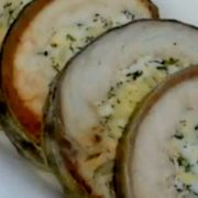 Рулет из скумбрии с яйцом и сыром