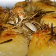 Картошка с розмарином